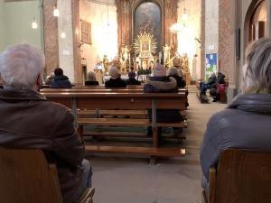 """Kirchen stellen Regeln für """"sichere"""" Weihnachtsgottesdienste auf"""