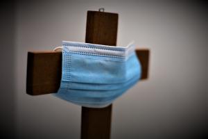 Corona: Kirche und Religionen verschärfen Maßnahmen
