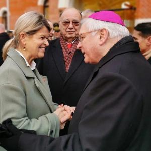 Militärbischof Freistetter trifft Verteidigungsministerin Tanner