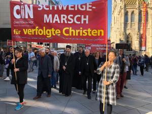 """""""Lange Nacht"""" mit Schweigemarsch für verfolgte Christen eröffnet"""