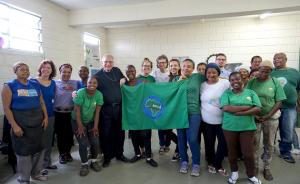 Bischof Freistetter bei Obdachlosen und Müllsammlern in Brasilien