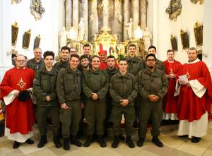 Soldatenfirmung mit Militärbischof Freistetter in St. Pölten